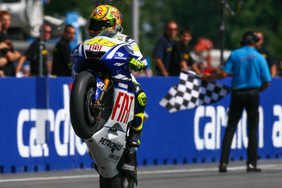 Hasil gambar untuk Rossi closes in on 6000 Grand Prix points
