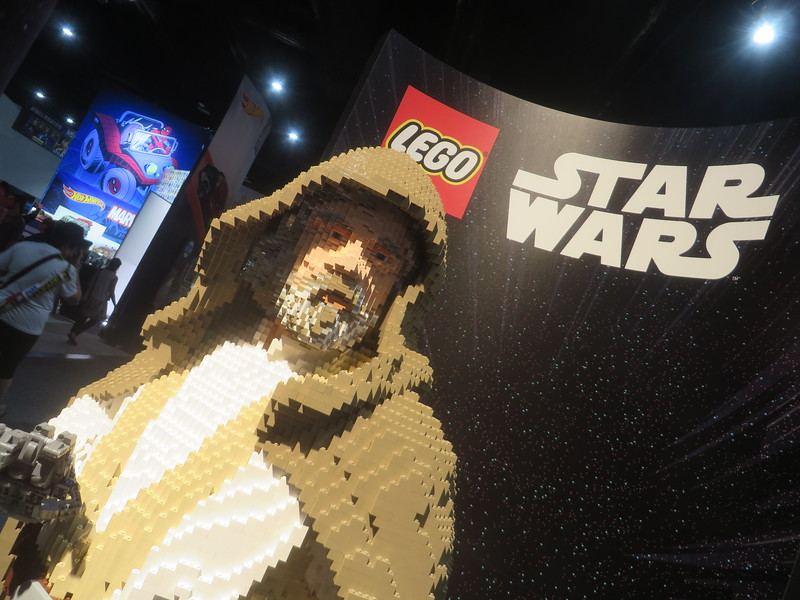 A Disney Fan's First Look at San Diego Comic-Con 2017 Showfloor