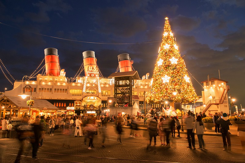 tokyo disney resort has unveiled its plans for the upcoming holiday season and it promises to be packed with tons of christmas cheer