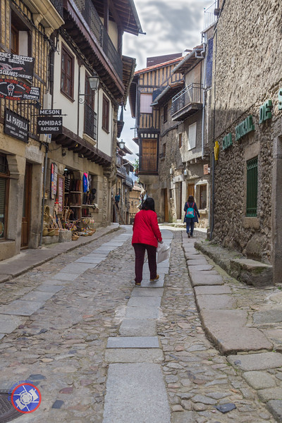 A Street in La Alberca (©simon@myeclecticimages.com)