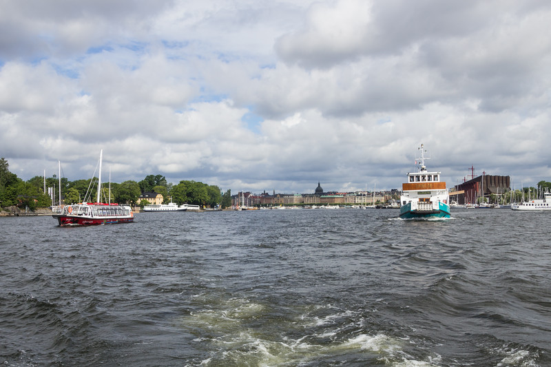 Leaving the Stockholm Harbor Behind as We Head for Nasslingen (©simon@myeclecticimages.com)