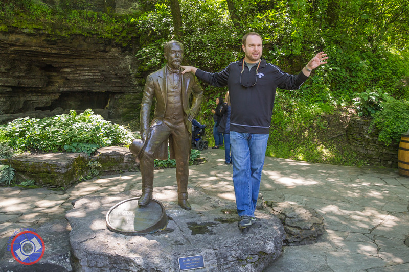 Our Guide, Chris, with a Bronze Statue of Jack Daniel (©simon@myeclecticimages.com)