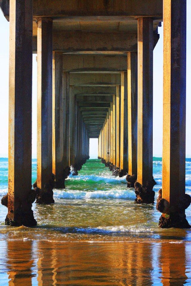 https://i2.wp.com/photos.pouryourheart.com/wp-content/uploads/2018/11/Ocean-Photography-Beach-Prints-Pier-Large.jpg?w=640