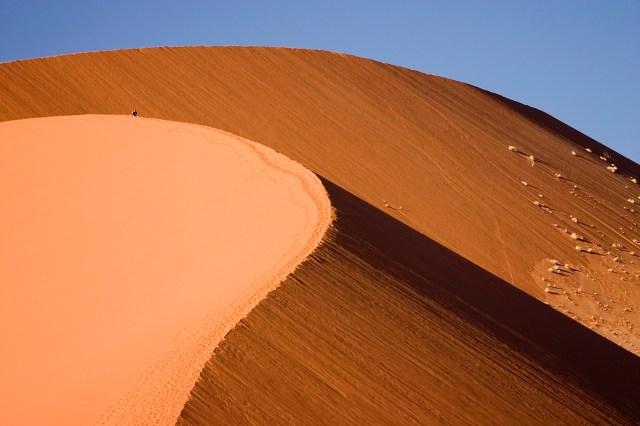 https://i2.wp.com/photos.pouryourheart.com/wp-content/uploads/2018/12/Namib-Desert-Namibia.jpg?w=640