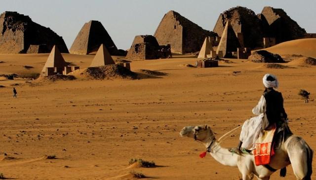 https://i2.wp.com/photos.pouryourheart.com/wp-content/uploads/2018/12/Nubian-Desert-Sudan.jpg?w=640