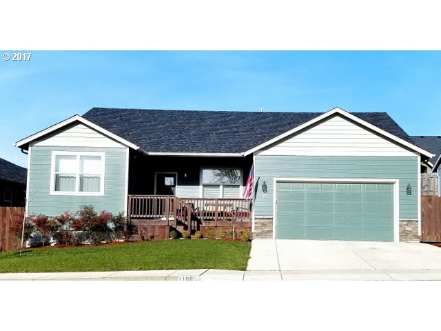 Beautiful one owner Nordic Homes Construction! Open living with great separation of space. Private Master Suite, Large walk in pantry, Inside Utility, Covered deck, Granite in kitchen and baths, Stainless appliances, Vaulted/high ceilings,Hardwood Floors. Very warm and inviting home!