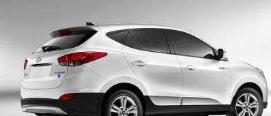 Hyundai latest Tucson Fuel Cell Hydrogen-Powered Electric Vehicle To Retail Customers In Spring 2014