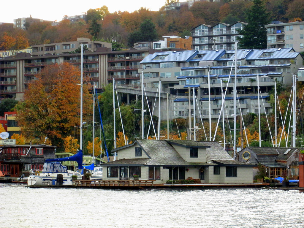 The Sleepless in Seattle House, A Major Attraction on the Argosy Cruise Lines Lakes Tour