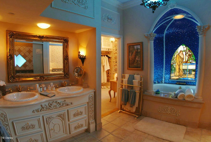 DREAM SUITE MASTER BATH