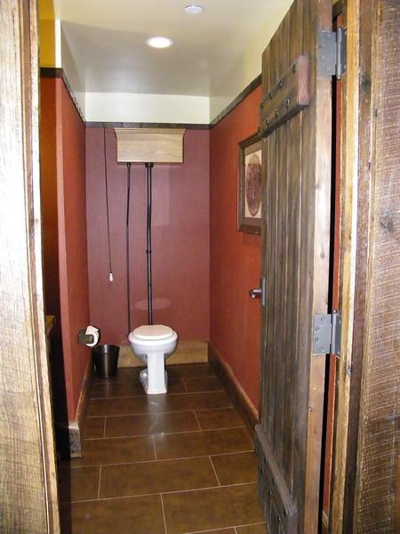 20110602_big_thunder_suite_disneyland_hotel_2_living (12)