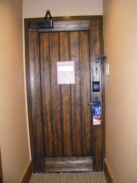 20110602_big_thunder_suite_disneyland_hotel_ (3)