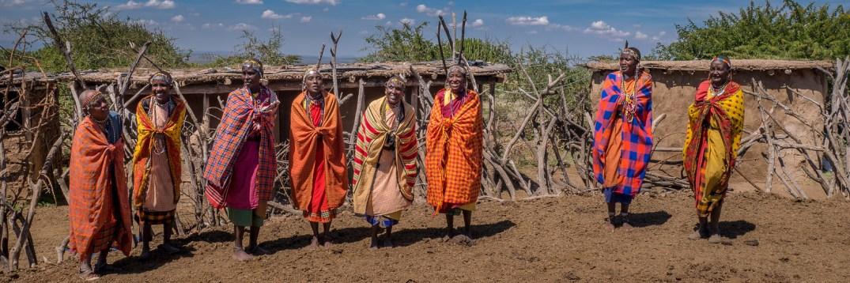 maasai experience kenya women in shukas