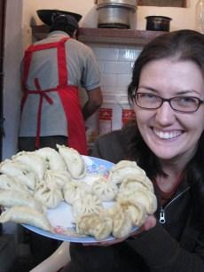 cooking class for tibetan momos in mcleod ganj