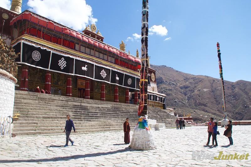 Tibet tour itinerary - drepung monastery