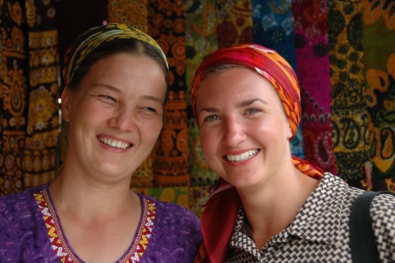 turkmenistan woman ile ilgili görsel sonucu