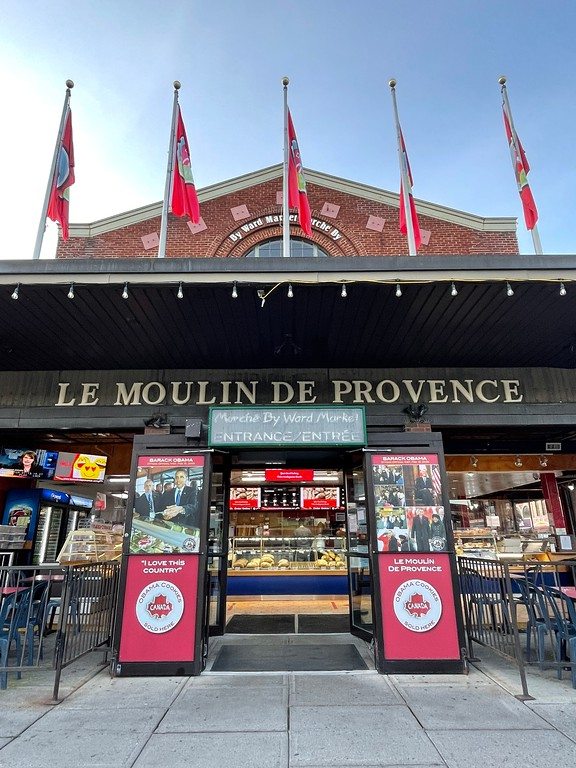 Le Moulin de Provence - Where to Eat in Quebec