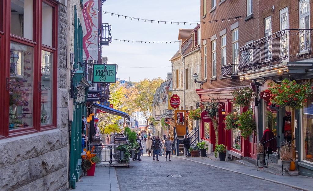 Beginner's Guide to Quebec City: Explore Quartier Petit-Champlain!