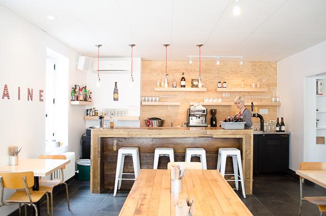Inside Nina Pizza Napolitaine in Saint-Roch