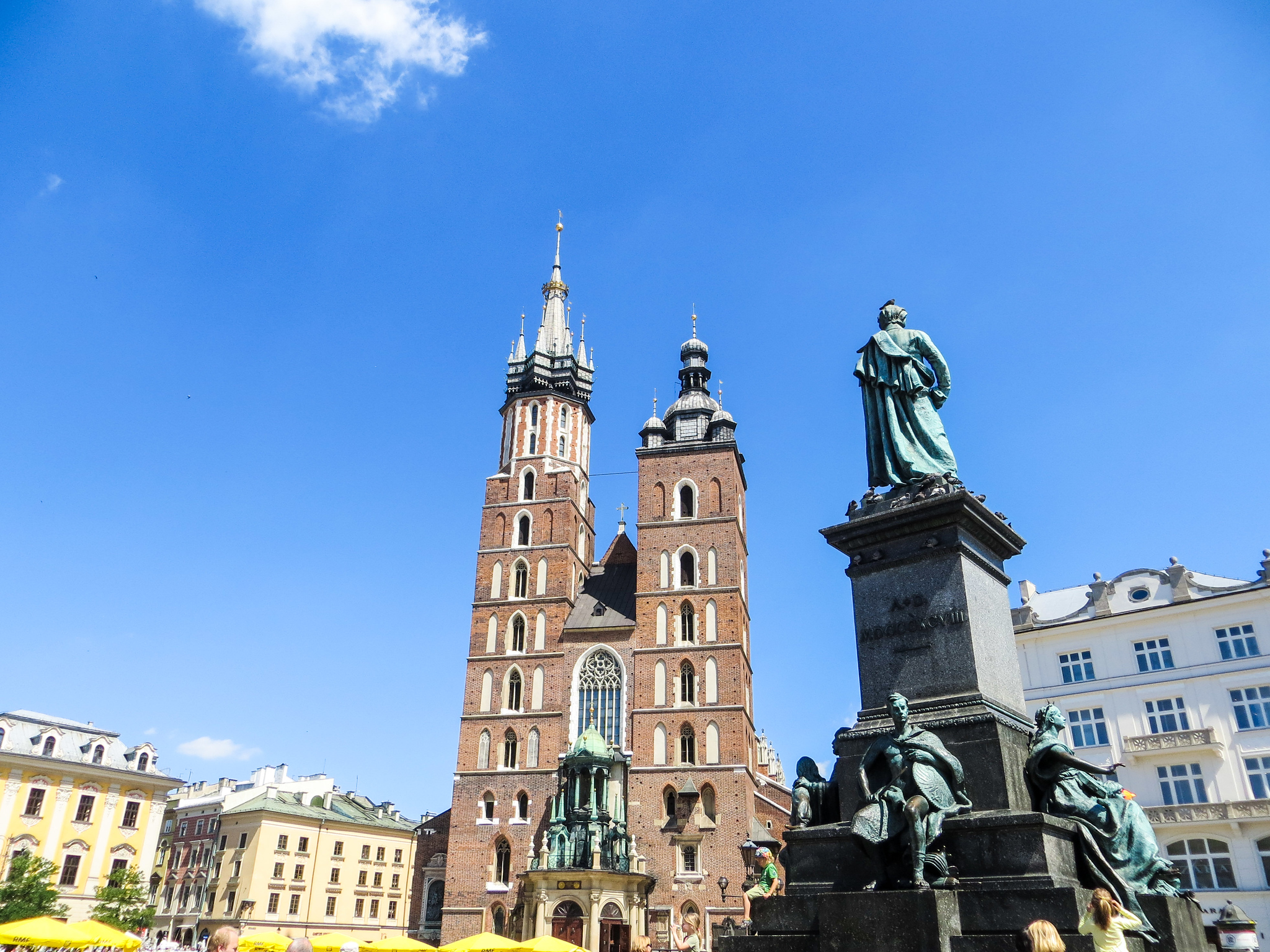 travel europe alone and go to poland