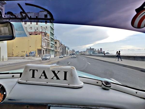 Exploring Havana - Old Taxi in Havana