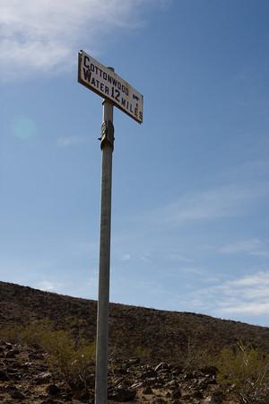 Cottonwood Spring sign