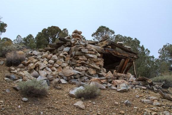 White Mountain City Ridge Cabin