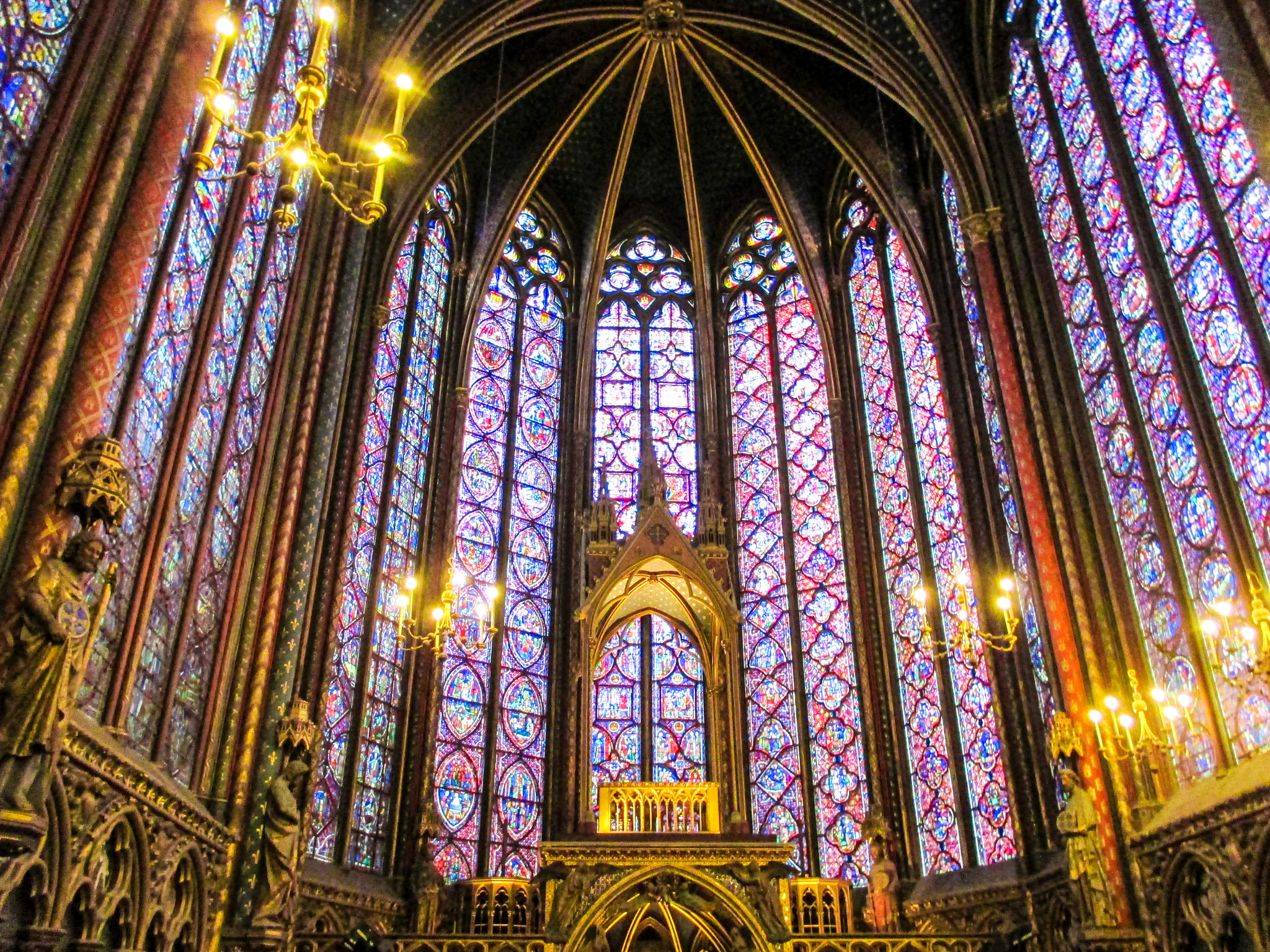 first time in paris tips: go inside all the churches