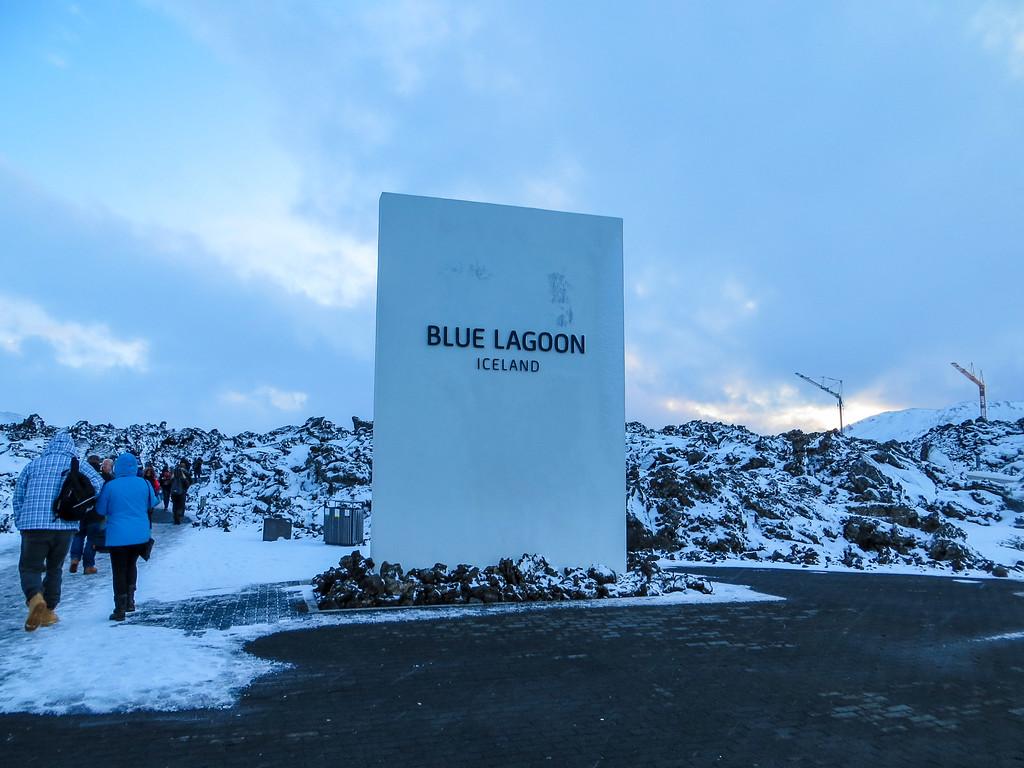blue lagoon in winter