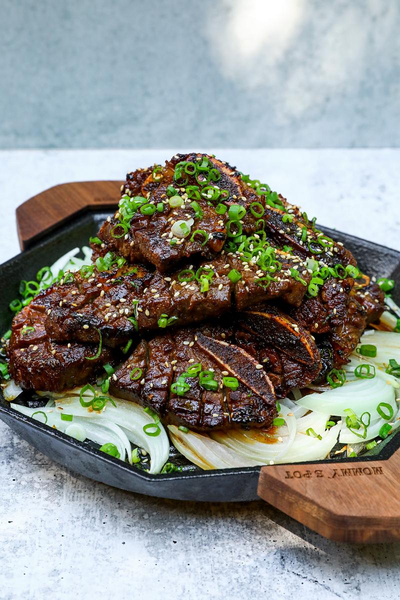 BEST Galbi Korean Grilled Beef Ribs Recipe