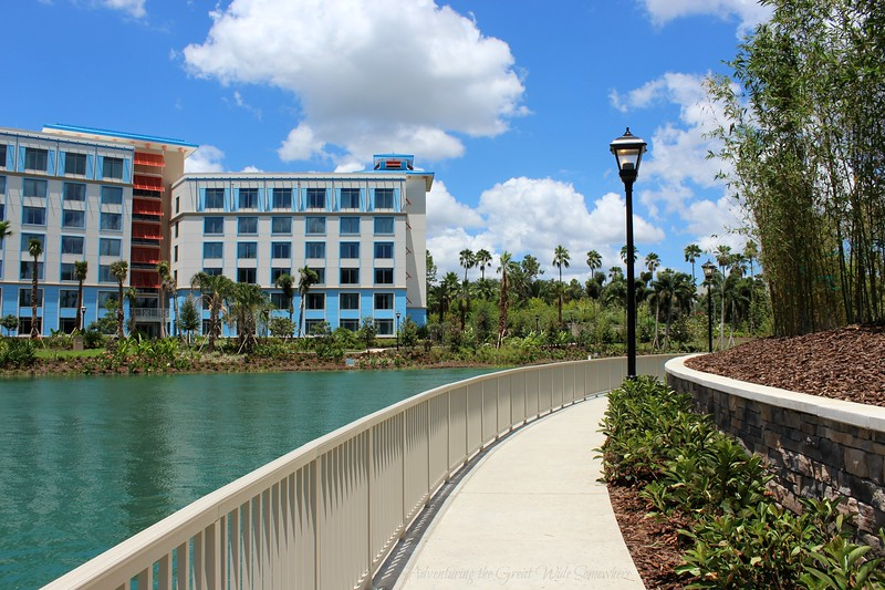 Walkway from the Loews Sapphire Falls Resort into Universal's CityWalk