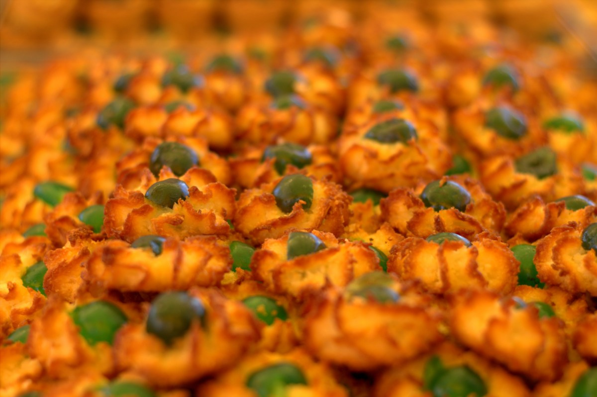 Things to Do in Malta - Eat Pastini