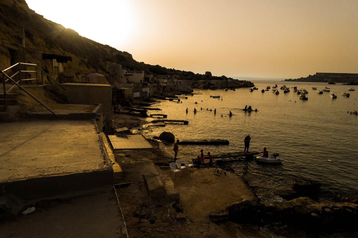 Gnejna Bay, Malta