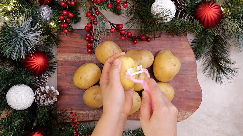 Creamy Mashed Potatoes Recipe & Video