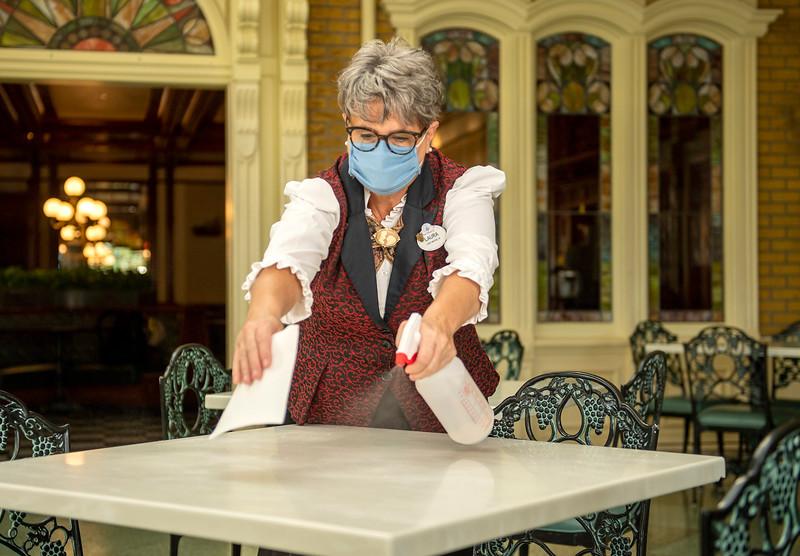 Enhanced Cleaning Measures at Walt Disney World Resort Restaurants