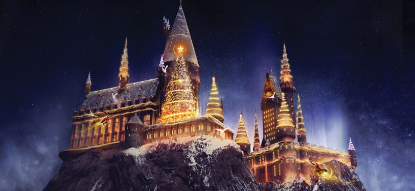 """""""Christmas in The Wizarding World of Harry Potter"""" - Universal Studios Hollywood"""