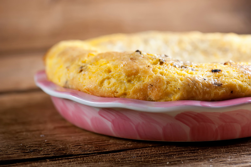 Crustless Bacon Cheddar Quiche