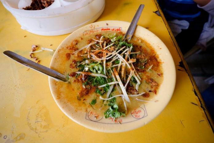 Haleem in Lahore top 5 foods - pakistan trip 76 X3 - Top 5 traditional  foods in Pakistan top 5 foods - pakistan trip 76 X3 - Top 5 traditional  foods in Pakistan