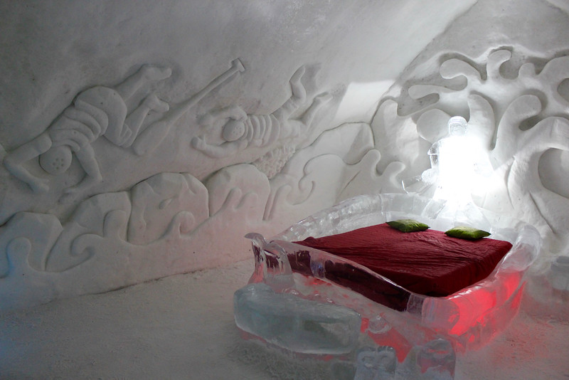 room in the ice hotel featuring white water rafting sculpture