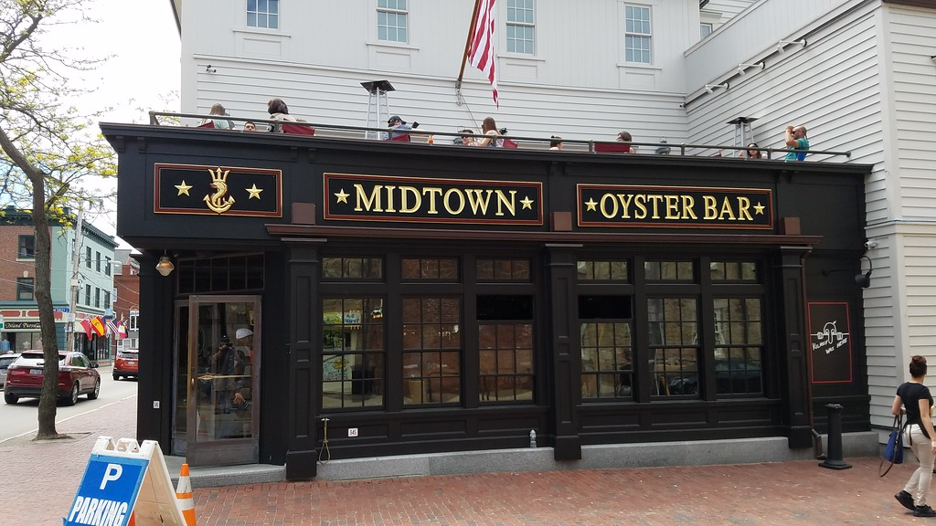 Midtown Oyster Bar in Rhode Island