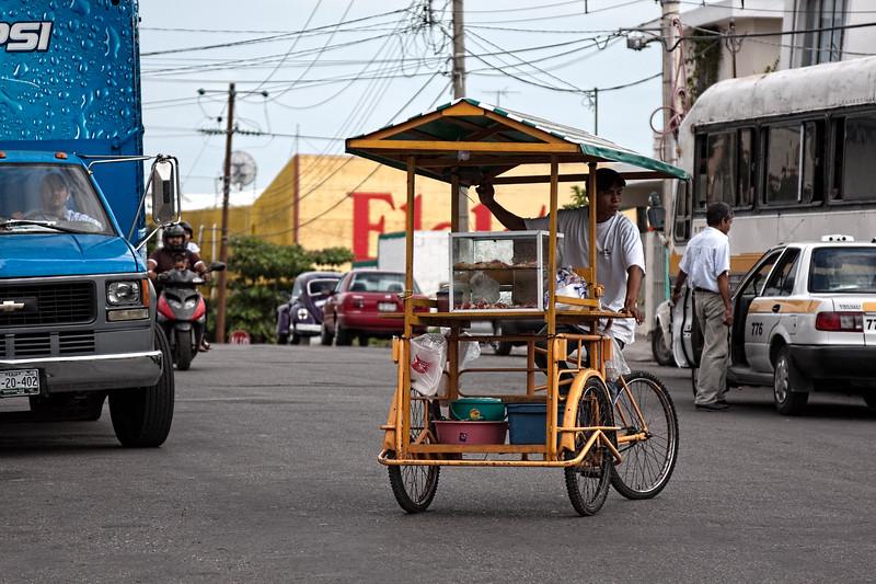 Street traffic in Chetumal