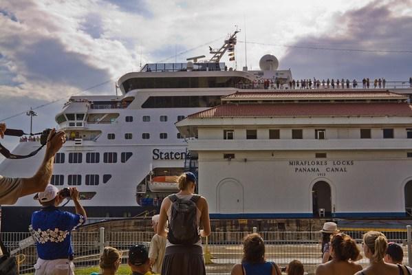 Photographing Panama Canal Miraflores Locks
