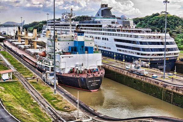 Boats crossing Panama Canal at Miraflores