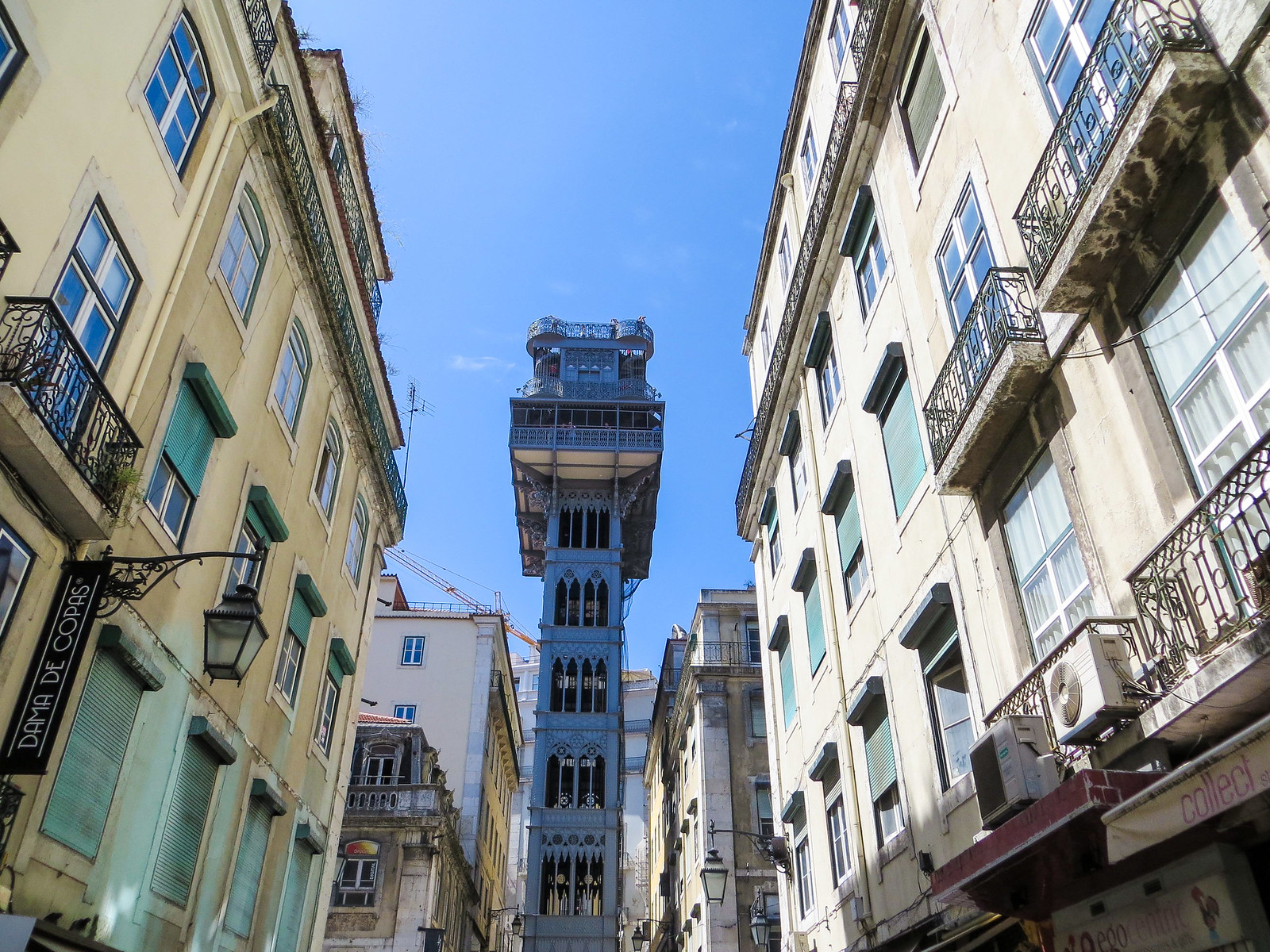 santa justa lift is among what to see in lisbon in 2 days