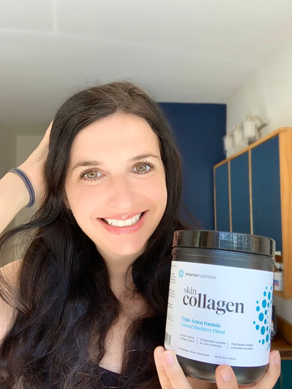 #ad You can reduce your wrinkles and improve your skin glow and texture with great-tasting Smarter Nutrition's Smarter Skin Collagen. #smarterskincollagen