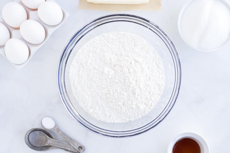 flour eggs vanilla