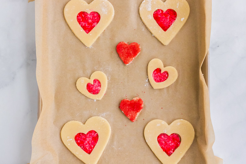 Make Stained Glass Cookies for Valentine's Day for an extra special celebration with your spouse, your family, or for small gatherings too.