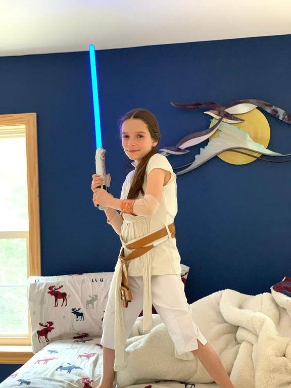 little girl in Rey costume