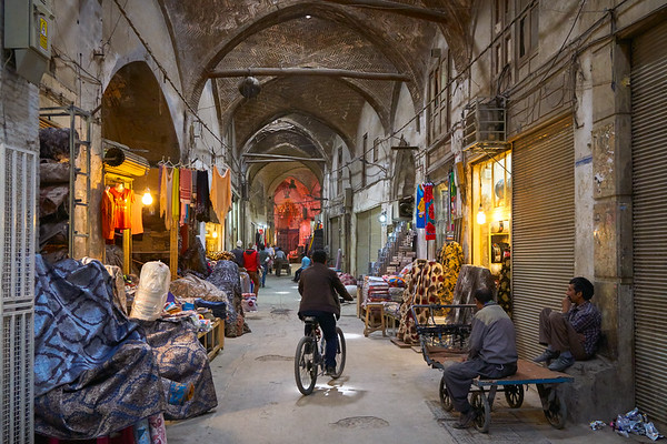 Quiet moment in the bazaar