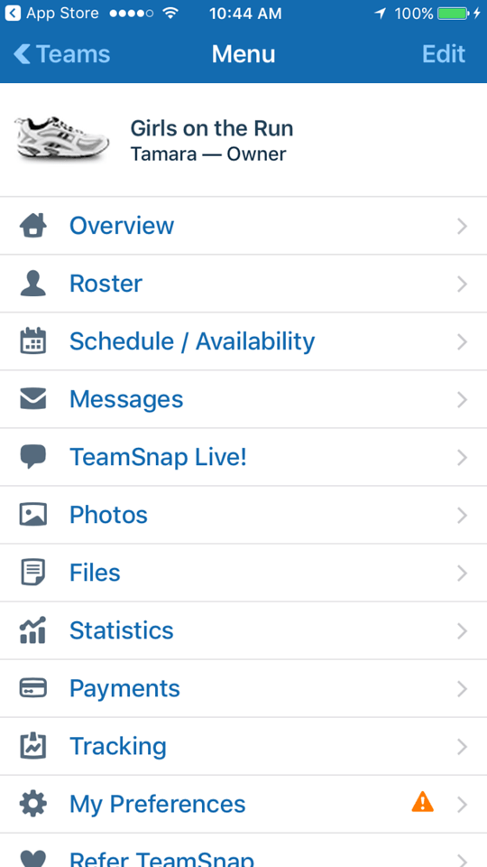 Learn why TeamSnap is every coach and parent - or coach/parent's dream! It helps you organize and communicate about every aspect of team life! #ad #TeamSnap
