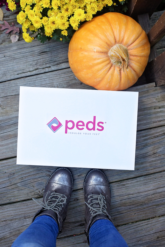 AD PEDS® Socks feel incredible and are versatile too. Find out 5 places I'm wearing them this fall, and how it makes the cool and crisp weather feel better!